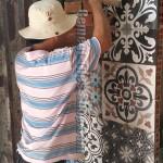 Ốp tường gạch bông